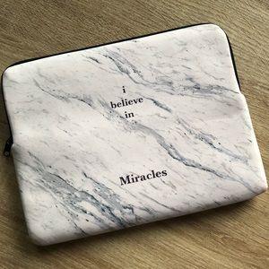 Amenpapa marble print cute clutch/bag brand new 💙